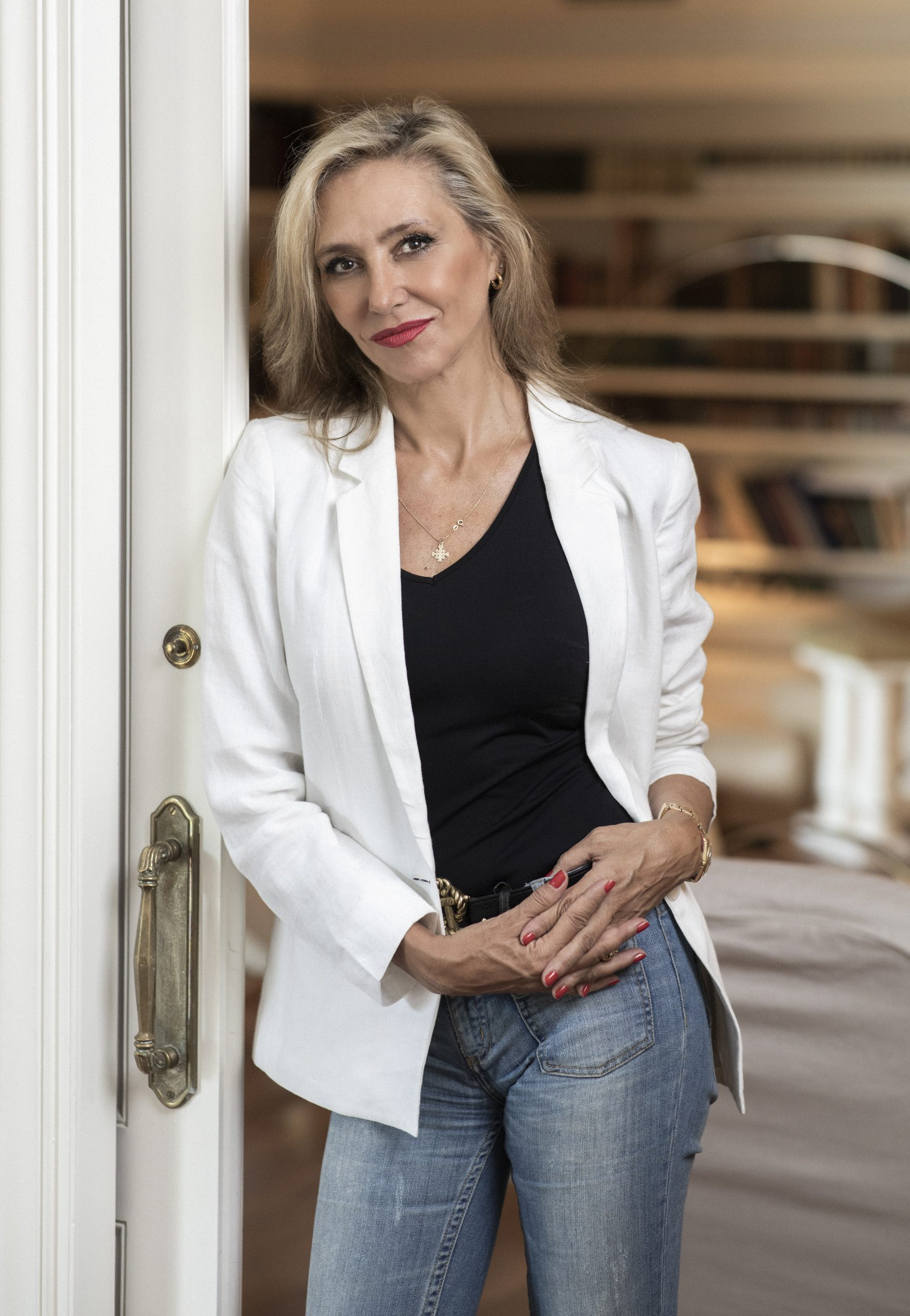 Entrevista a la escritora Marta Robles